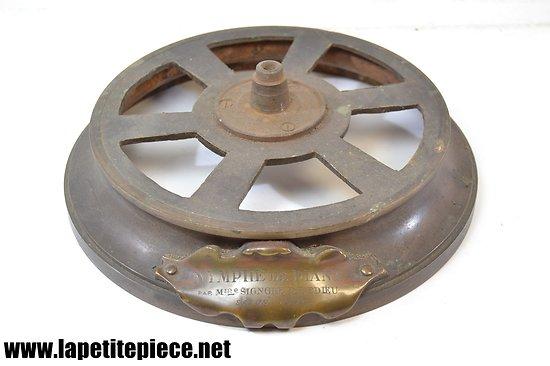 Support / socle pour bronze ou régule NYMPHE DE DIANE par Mme SIGNORET-LEDIEU Salon 1891