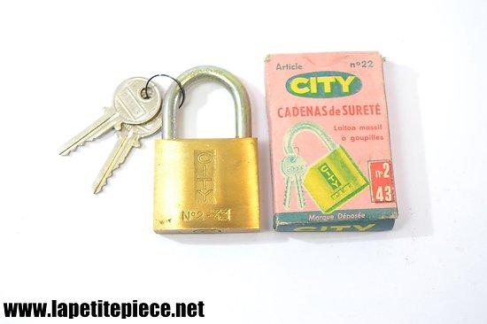 Cadenas CITY n°2 43mm avec boite d'origine
