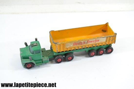 Matchbox Dodge tractor King size K16