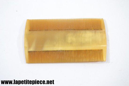 Peigne en corne, barbe / cheveux.