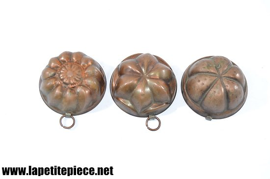 Lot de trois petits moules en cuivre en cuivre étamé