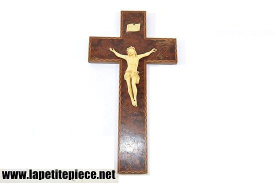 Crucifix Jesus Christ début 20e Siècle