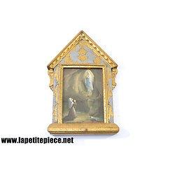 Reliquaire Vierge Marie et Bernadette Soubirou, cadre doré