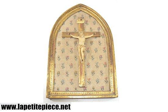 Reliquaire Jésus Christ Crucifix - milieu 20e Siècle