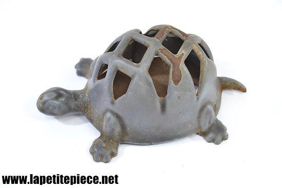 Dévidoir à ficelle mural tortue fonte, années 1930 - 1950