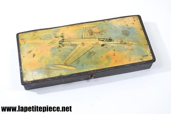 Plumier années 1950, avion de chasse ADT