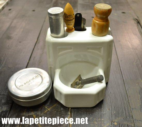 Nécessaire de rasage fixe pour salle de bain