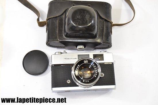Appareil photo argentique Hexanon Revue Auto S22 1965