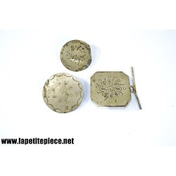 Lot boucles / boutons attache de cape, pèlerine ou vêtement 19e Siècle