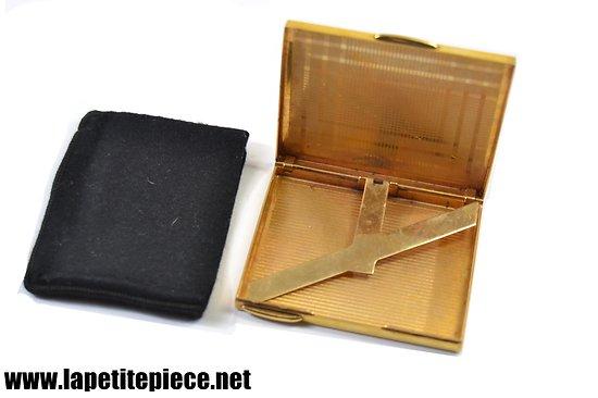 Etui à cigarettes vintage, plaqué or.