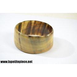 Bracelet en corne
