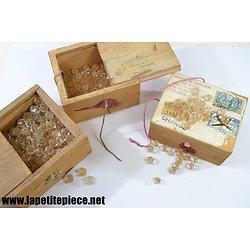 Ensemble de perles en cristal pour lustres ou bijoux, pampilles. Années 1960