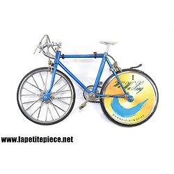 Bicyclette briquet miniature / vélo de course Wa Wa King Shandizixingche