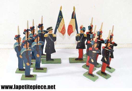 """Lot soldats 16cm JOUETS VOGG """"marque et modèle déposés"""". Jouet bois années 1930 - 1950"""