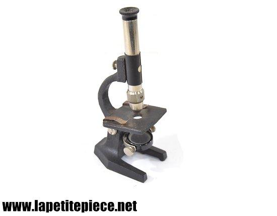 Microscope de voyage, années 1930 - 1950.