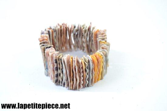 Bracelet en coquillage coupés en lames. Années 1950.