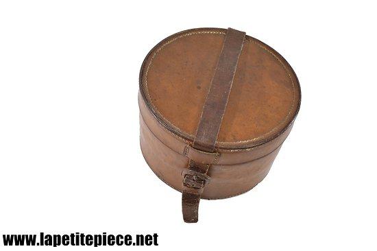 Boite / coffret en cuir. Années 1930-1950