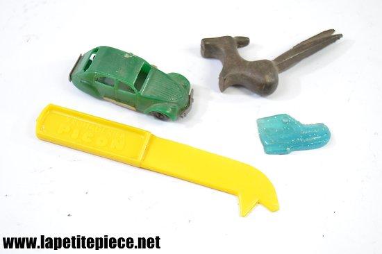 Lot jouets années 1960. Citroën 2cv Cadum Pax...