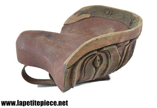 Siège de manège en bois sculpté, début 20e Siècle