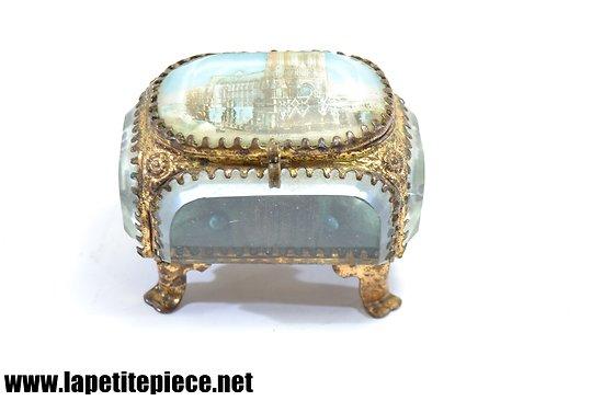Boite / écrin à bijoux en verre, Cathédrale de Reims (Marne), années 1920