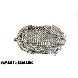Petite bourse en maille, métal argenté.
