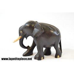 Elephant en ébène