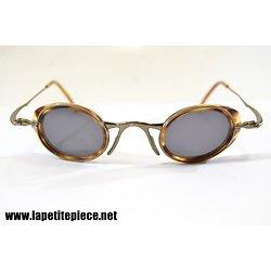 Paire de lunettes de soleil BEAUSOLEIL PARIS M10 3 801