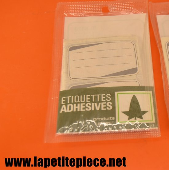 24  étiquettes adhesives LIERRE Made in France, années 1970 - 1980