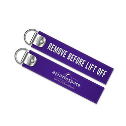 """Keyring """"Remove before lift off"""""""