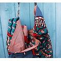 Grand sac cabas en vert, bleu marine, orangé, intérieur doublé, anse réglable