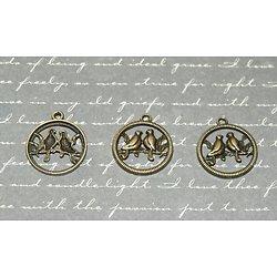 3 breloques rondes oiseaux sur la branche en métal couleur bronze 20x23mm