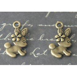 2 breloques lapin à la fleur en métal couleur bronze 11x19mm