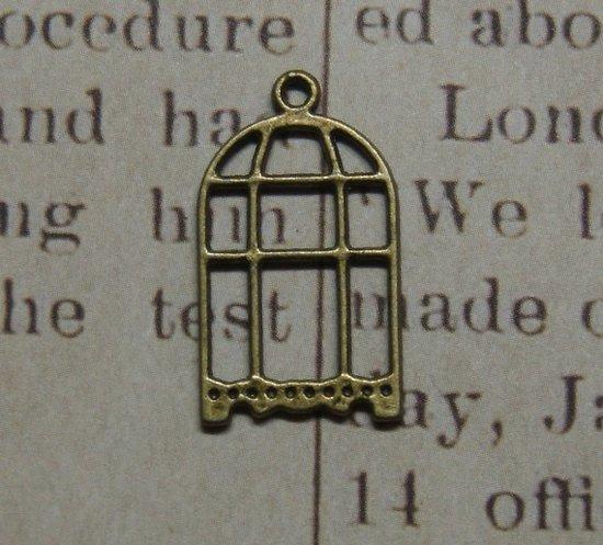 2 breloques cage en métal couleur bronze 26x14,5mm