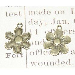 2 breloques fleur à 6 pétales en métal couleur bronze 18x18mm