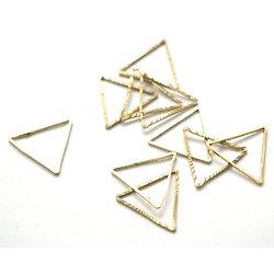 10 breloques triangle en laiton doré 15x13mm