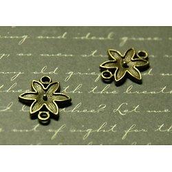 2 connecteurs fleur à orner en métal couleur bronze 16x18mm