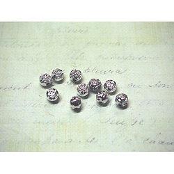 10 perles fleur argentée en acrylique 5x6mm