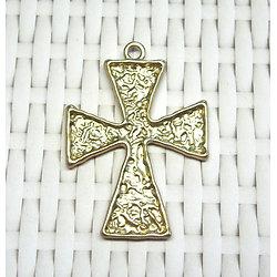 Grande breloque croix martelée en métal doré 62x45mm