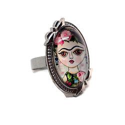Bague cabochon ovale à noeuds en métal argenté et portrait - Frida dans mon coeur