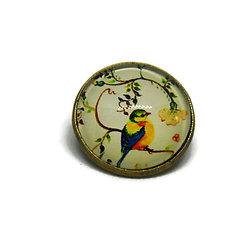 """Mini broche / badge en métal bronze et dôme de verre - motifs printaniers """"oiseaux de mon jardin"""" - tons de jaunes et multicolores"""