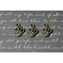 """3 breloques symbole indien """"Ohm"""" en métal couleur bronze 16x11mm"""