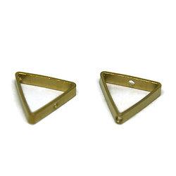 2 perles triangle en laiton doré 19.5x17.5mm