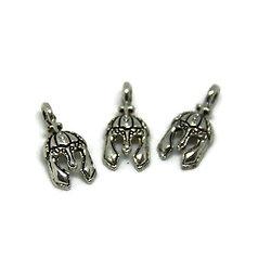 3 mini breloques / pendentifs heaume de chevalier en métal argenté 15x6.5mm