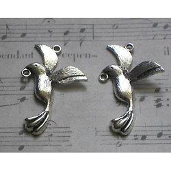 2 breloques connecteurs oiseau volant en métal argenté 19x31mm