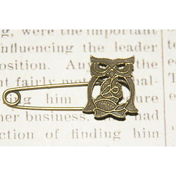 Support de broche chouette / hibou en métal couleur bronze 54x26mm