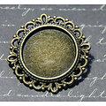 Support de broche rond à dentelle en métal couleur bronze 32mm