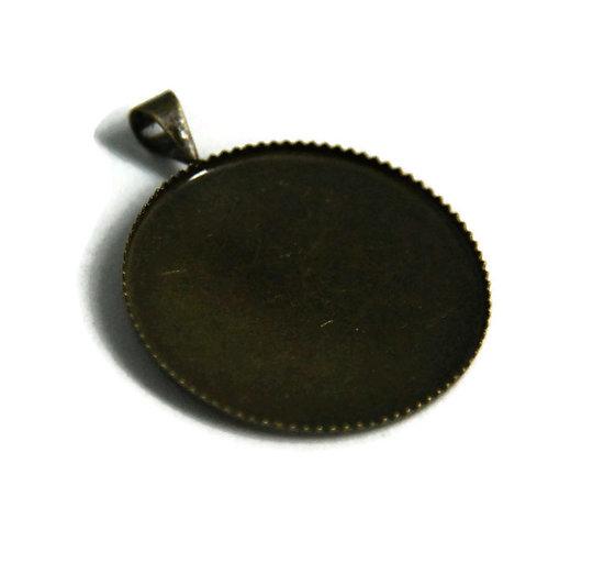 2 supports de pendentif pour cabochon rond en métal couleur bronze 32x26mm