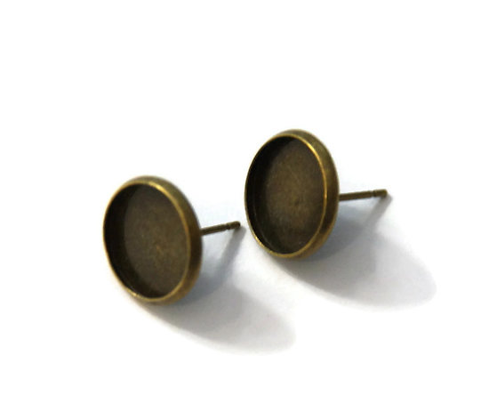 2 supports de boucles d'oreille clous pour cabochons ronds 8mm