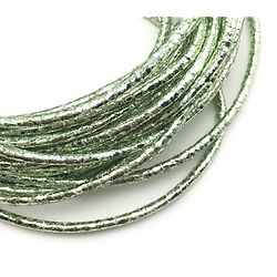 Cordon / cordelette ronde en simili cuir effet glam vert clair 3mm