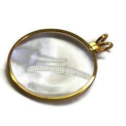 Pendentif rond loupe en verre grossissant et métal doré ou argenté - avec ou sans chaîne